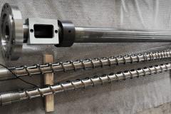 Шнековая пара 90 мм со сменным шнеком для безгалогеновых композиций